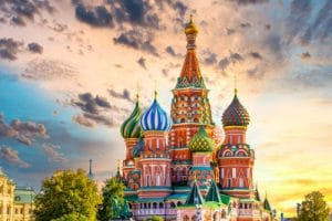 Basiliuskathedraal-en-het-Rode-Plein-Moskou-start-Transsiberie-Express