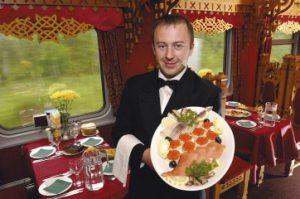 Tsarengoud - eten in de Tsarengoud Express