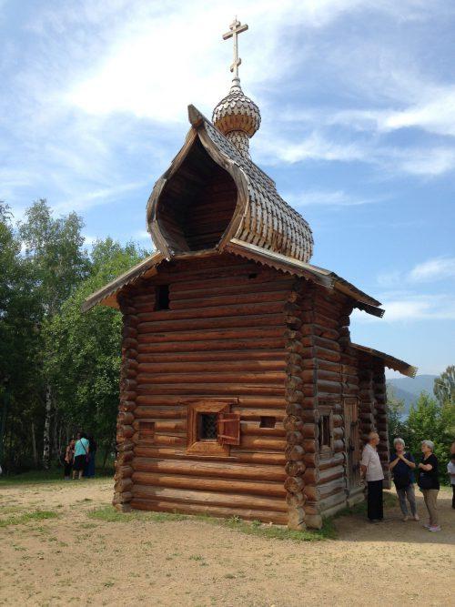 houten kerkje in het Taltsi openluchtmuseum