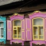 Siberische huisjes - Taishet - bijzonder stop - Transsiberië Express