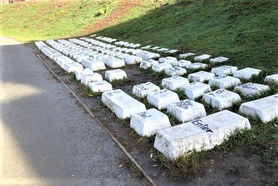 Keyboard-Monument Jekaterinburg