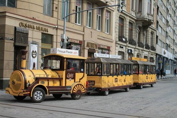 Toeristentrein in Lviv